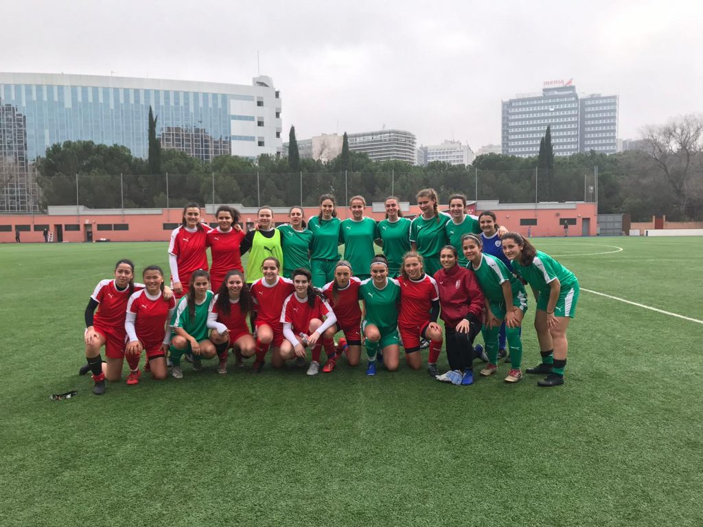 Foto del equipo verde y rojo - Fútbol femenino