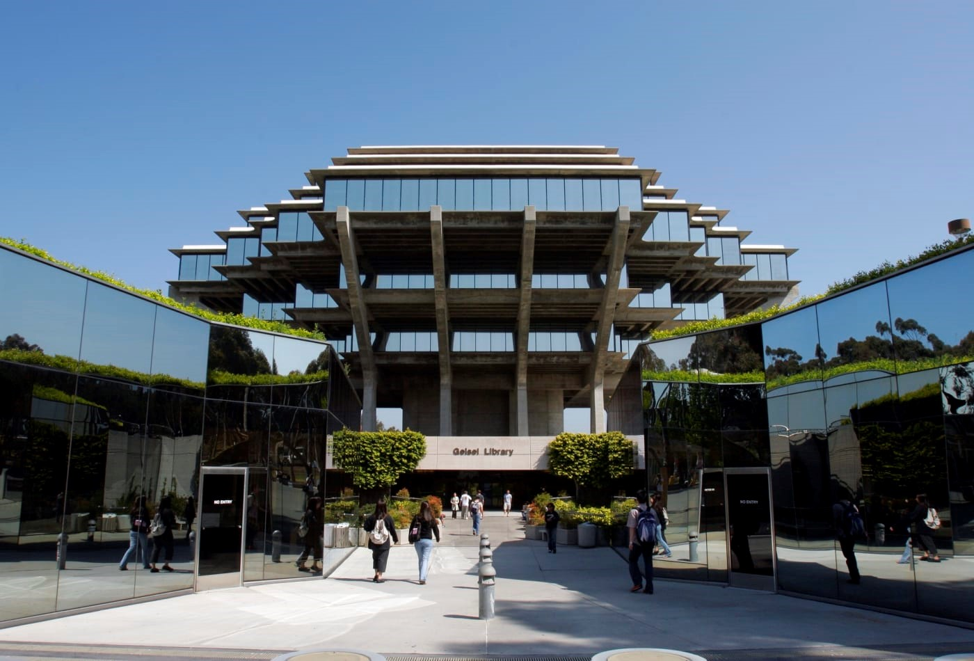 Imagen de la biblioteca de University of California San Diego